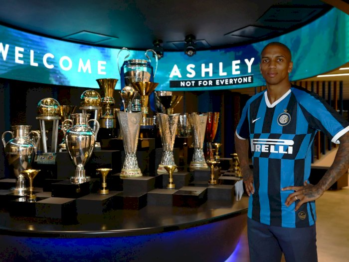 Merapat ke Inter Milan, Ashley Young: Terima Kasih MU