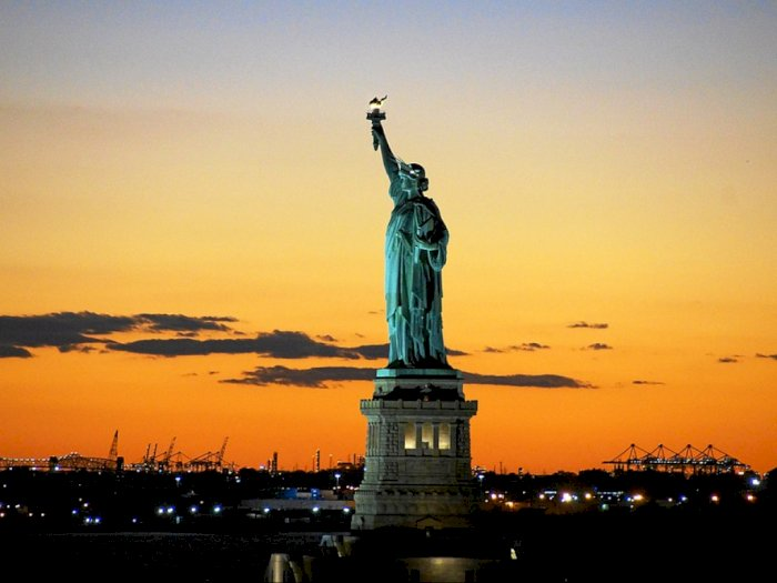 Mitos Keberadaan Harta Karun di Bawah Patung Liberty
