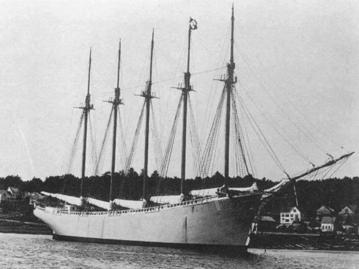 Kisah Misteri Karamnya Kapal Carroll A. Deering