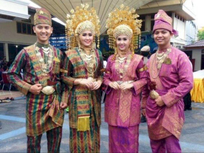 Inilah 34 Pakaian Adat Tradisional Di Indonesia Indozone Id