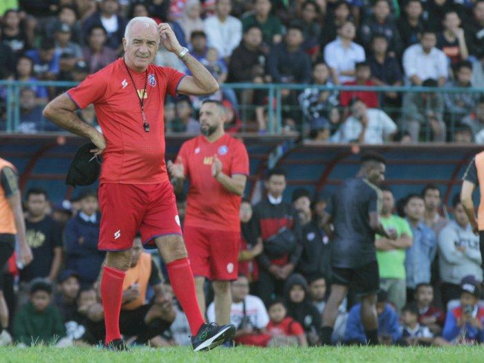 Arema FC Ditantang Klub Luar Negeri Jelang Liga 1 2020