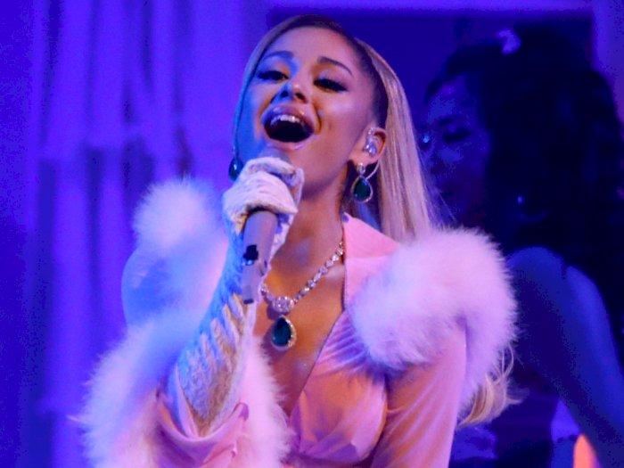 Tiga Album Ariana Grande Raih 3,5 Miliar  Streaming di Spotify