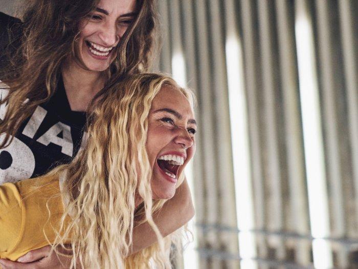 Bisa Bikin Kurus, Ini Manfaat Tertawa untuk Kesehatan