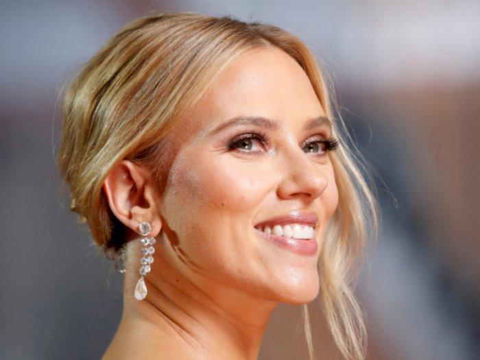 Gaya Glamor Selebriti dengan Aksesori Mewah di Oscar 2020
