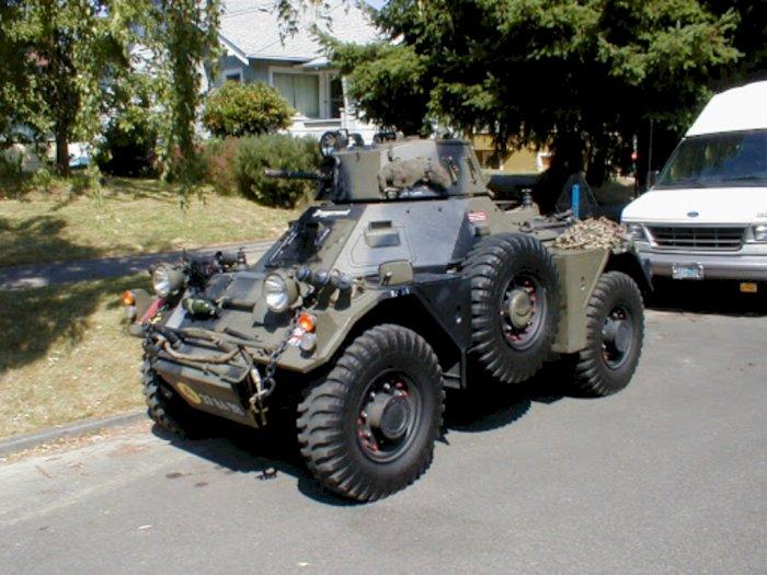 Wih! Tank Produksi Daimler Ini Dijual Dengan Harga Rp 355 Juta