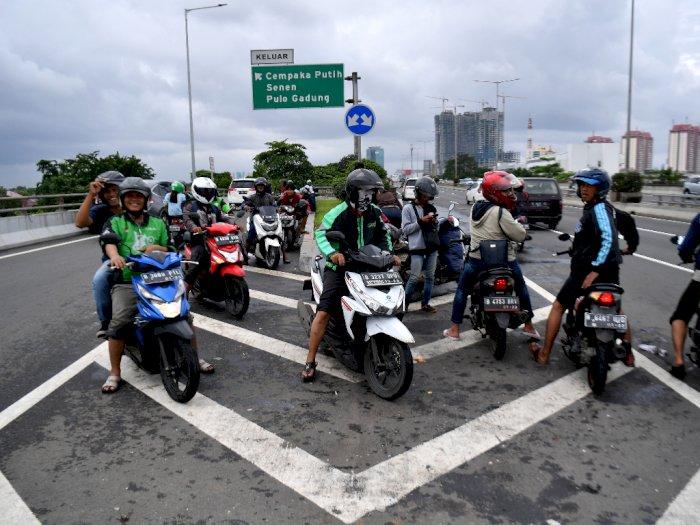 Polisi Bolehkan Pemotor Masuk Tol, tetapi Ada Syaratnya