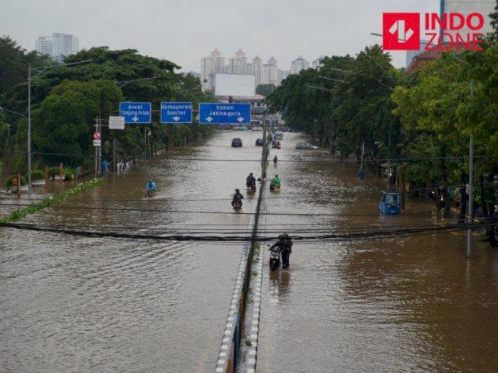 Jakarta Banjir, DPR: Pemprov DKI Harus Datangkan Ahlinya Ahli