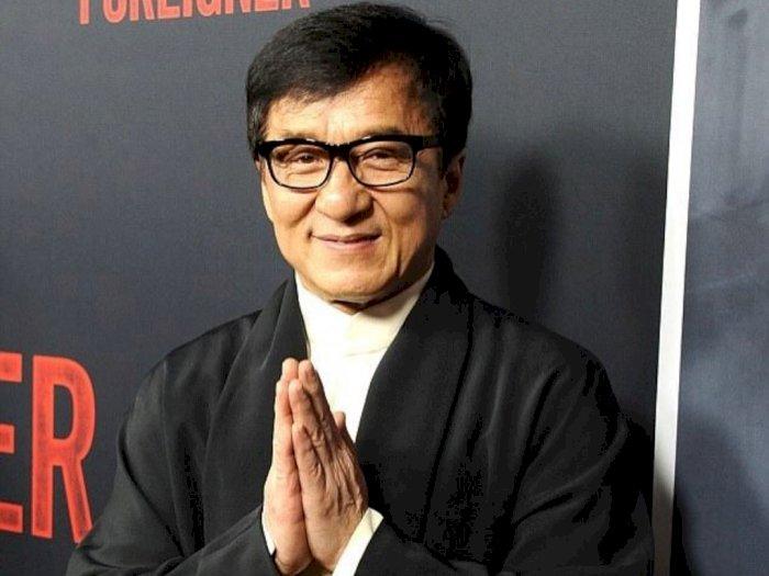 Jackie Chan Terinfeksi Virus Korona? Lihat Potret Terkininya