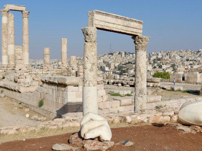 Reruntuhan Kuil Hercules, Situs Bersejarah di Yordania