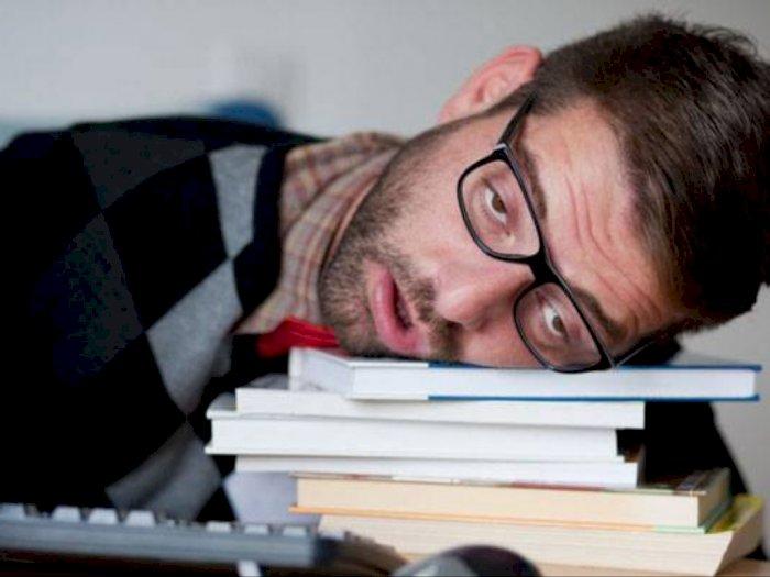 Studi: Kurang Tidur Bisa Bikin Kamu Kurang Disukai Orang