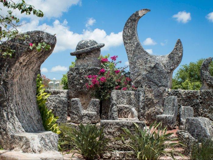 Kastil Koral, Monumen yang Dibangun Untuk Mengobati Patah Hati