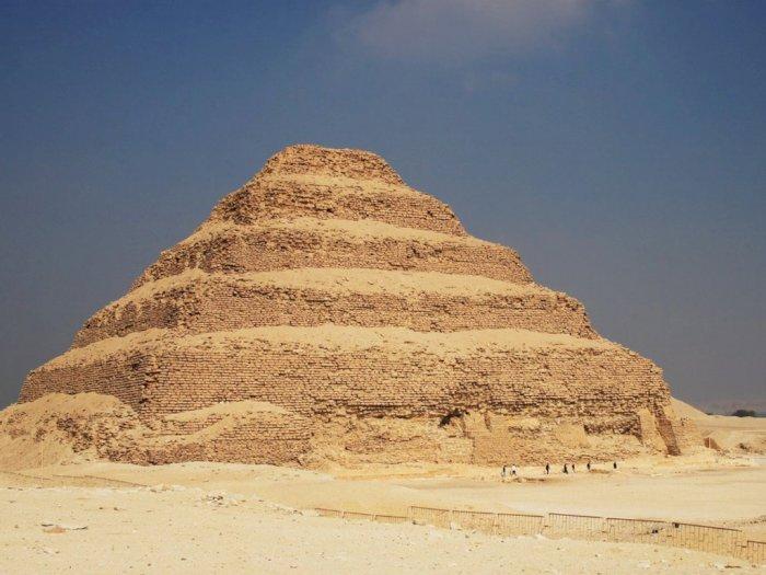 Piramida Tertua di Mesir Kembali Dibuka