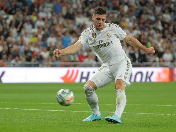 Langgar Aturan Karantina, Striker Real Madrid Justru Berpesta di Jalan
