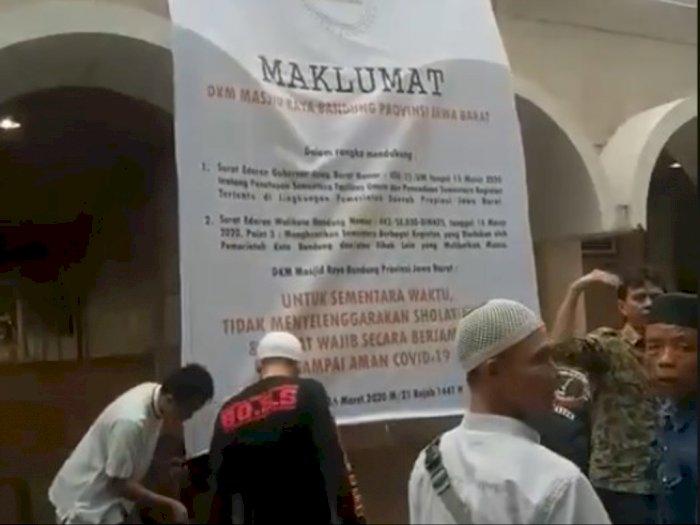 Viral Aksi Turunkan Spanduk Maklumat Soal Salat Berjamaah: Jangan Takut Sama Ridwan Kamil