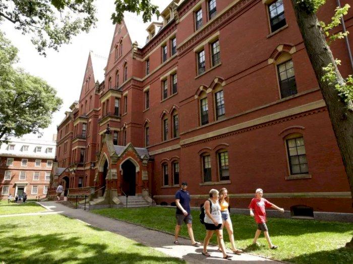 Lakukan Pemeriksaan, Rektor Harvard dan Istrinya Umumkan Positif Covid-19