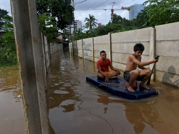 Kali Ciliwung Meluap, Kawasan Kebon Pala Terendam 1 Meter