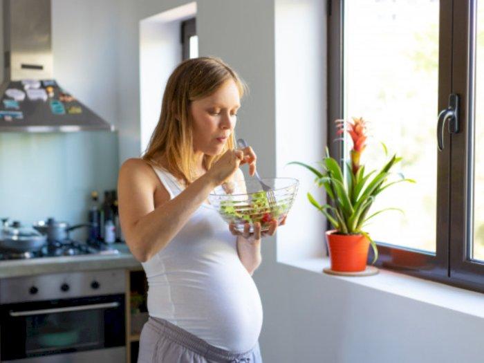 Konsumsi Makanan Ini saat Hamil agar Kulit Bayi Sehat