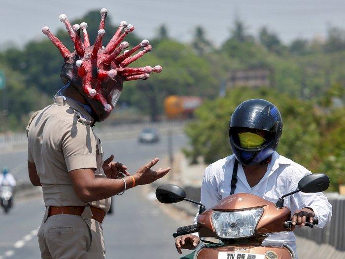 Polisi Ini Gunakan Helm Berbentuk Virus Corona Demi Peringati Masyarakat India