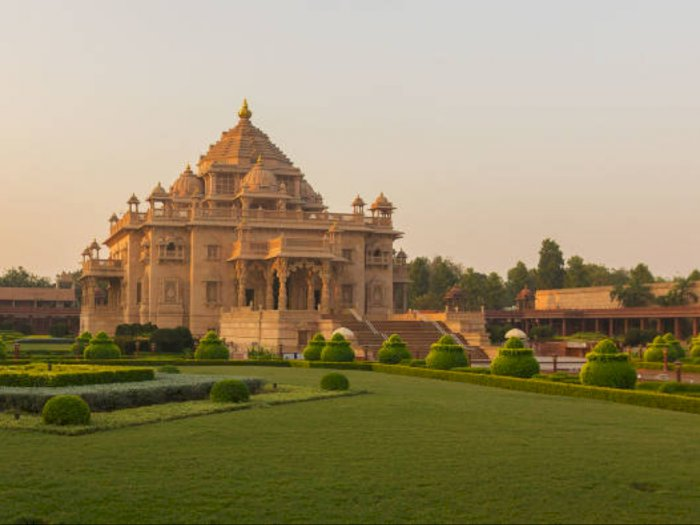 Antisipasi Virus Corona, India Batalkan Semua Visa Turis