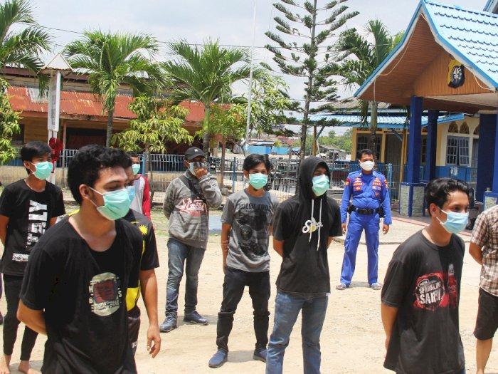 Kapal Berisi 16 TKI Ilegal dari Malaysia Ditangkap Kepolisian Riau