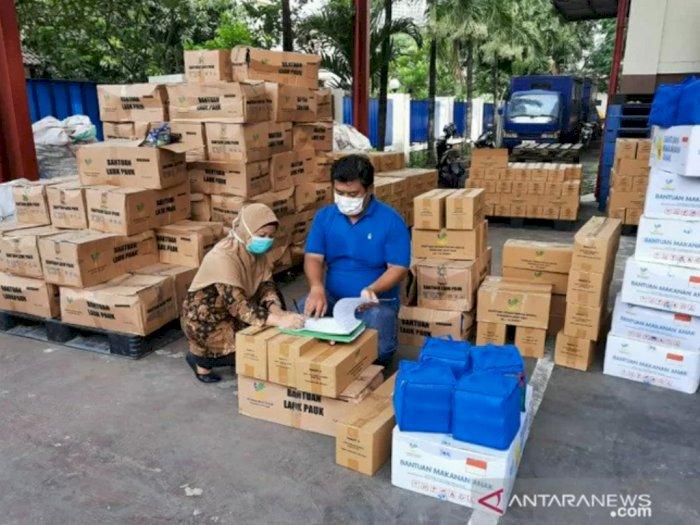 6.700 Paket Sembako Disalurkan oleh Kemensos Atasi Dampak Virus Corona