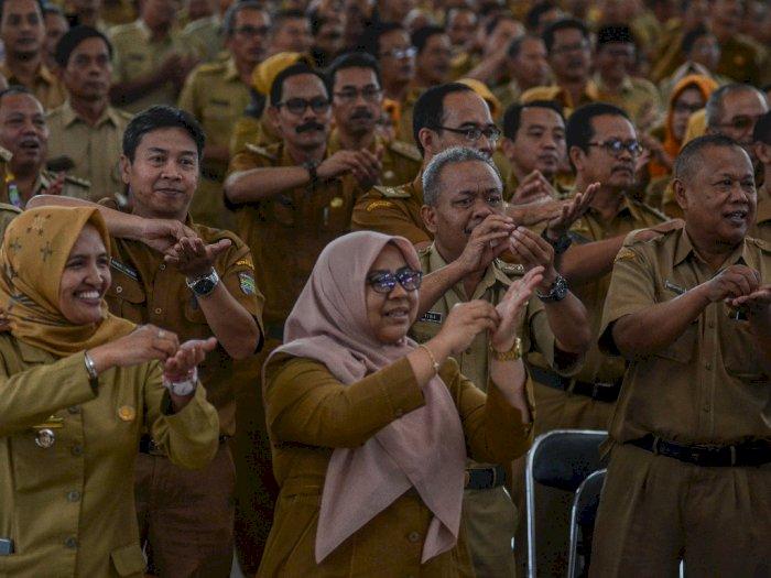 ASN Harap Bersabar, Gaji Ke-13 dan THR Belum Diputuskan Jokowi