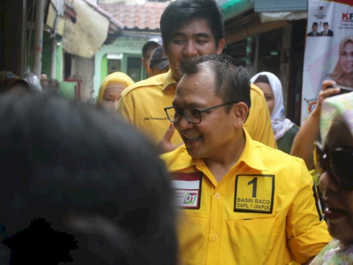 Peringati Hari Kartini, Golkar DKI Bagikan Sembako kepada Ojol Perempuan