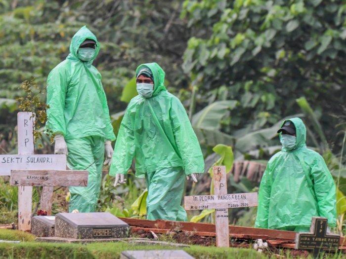 Kisah Penggali Kubur di Jakarta yang Hampir Tak Bisa Istirahat Gara-gara Covid-19
