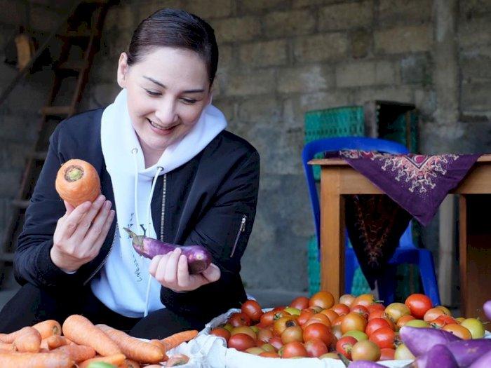 Sambut Ramadan, Mona Ratuliu: Tidak Ada Persiapan Khusus, Belum Kebayang