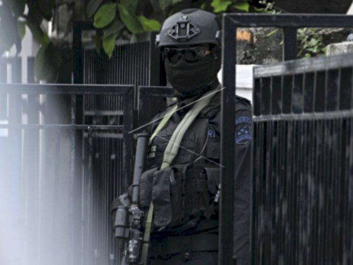 Densus 88 Tangkap 1 Orang Terduga Teroris di Sidoarjo