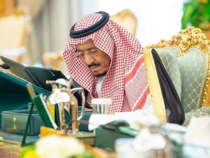 Raja Salman Sedih Lihat Umat Muslim Jalani Puasa di Tengah Pandemi Corona