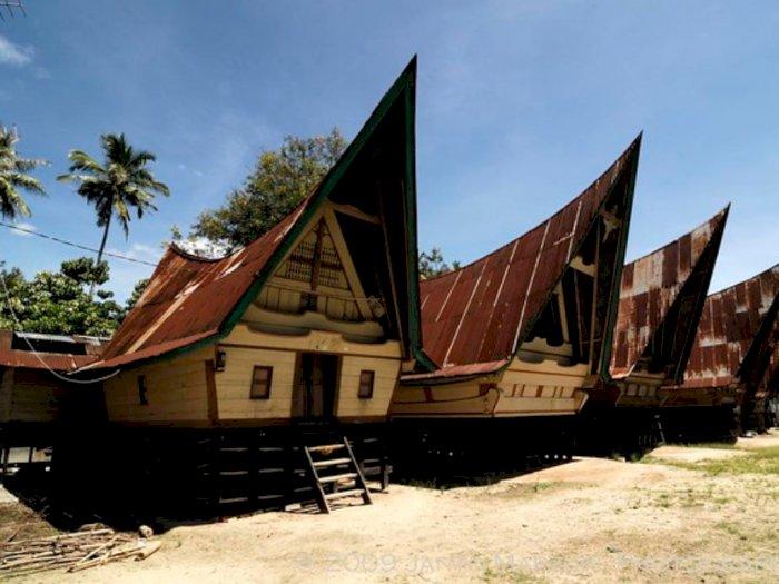Mengenal Sejarah Rumah Adat Batak Toba Yaitu Gorga Sumut Indozone Id