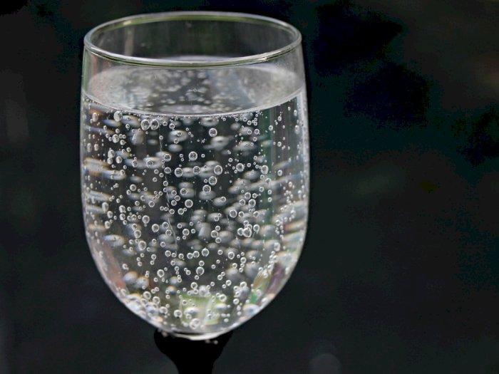 Minuman Sparkling Water Bisa Membahayakan Gigi dan Tulang