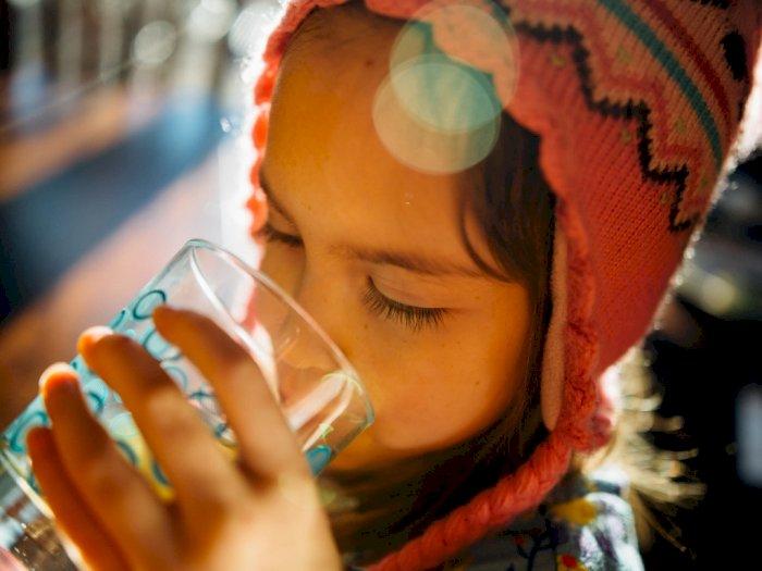 Cuma Minum Air Putih Gegara Telat Bangun saat Sahur Tidak Dianjurkan, Ini Alasannya