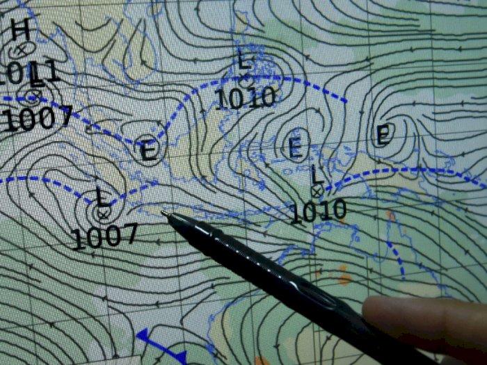 BMKG Temukan Bibit Siklon, Jakarta Berpotensi Hujan Lebat Disertai Angin Kencang