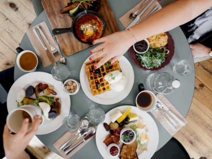 Kenapa Berbuka Puasa Harus Mengonsumsi Makanan dan Minuman yang Manis?