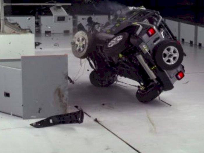 Lembaga Asuransi Sebut Jeep Wrangler Kurang Safety buat Penumpang