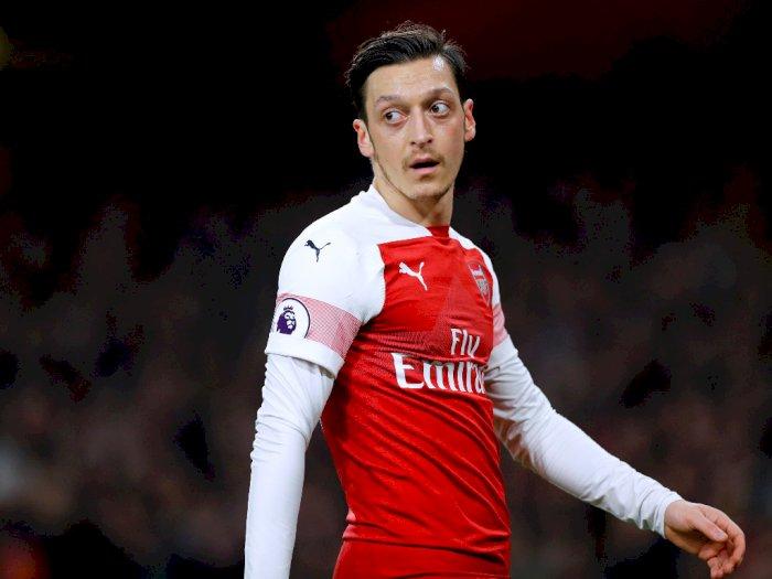 Soal Rumor ke Fenerbahce, Ozil Ingin Hormati Kontraknya di Arsenal