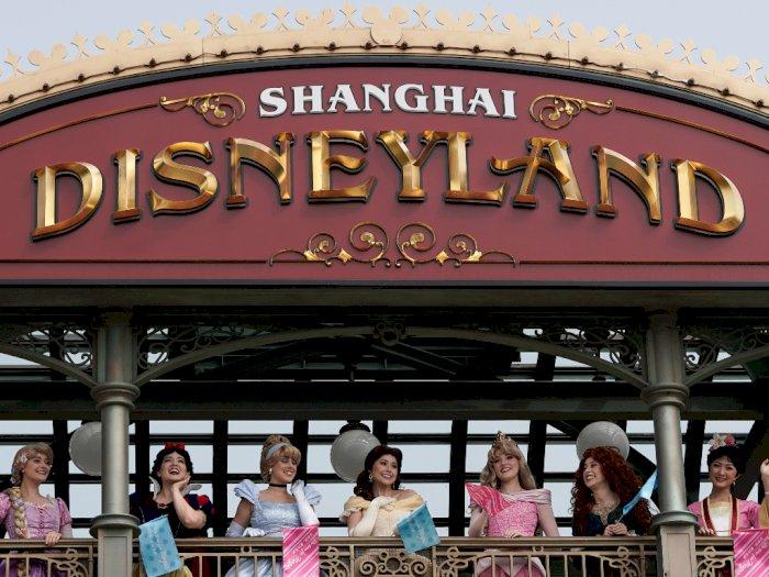 Disneyland Shanghai Kembali Dibuka, Tapi Jumlah Pengunjung Dibatasi