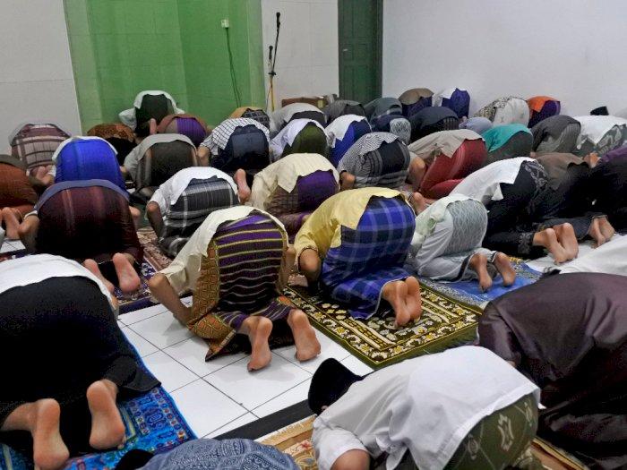 Kronologi Jemaah Mushalla Baitul Muslimin Terpapar COVID-19 dari Imam Salat Tarawih