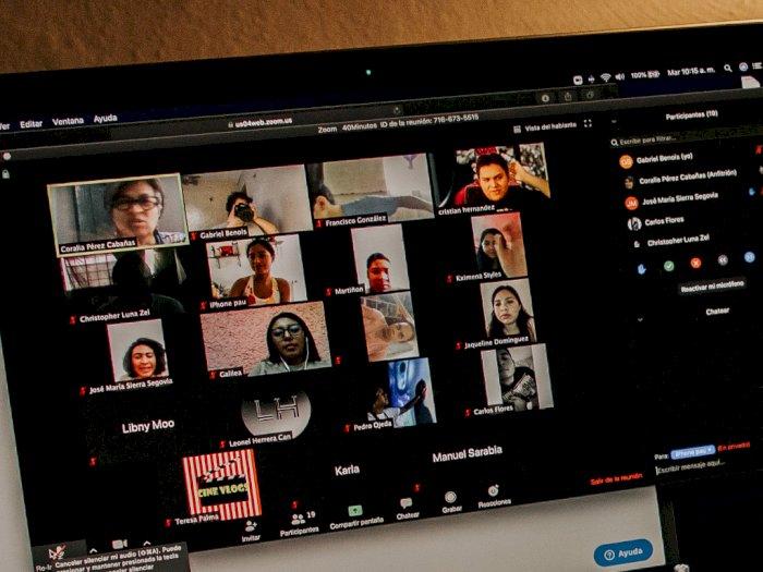 Tipe-Tipe Orang Saat Bergabung di Video Conference, Kamu yang Mana?