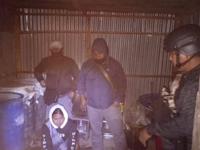 Polisi Gerebek Pabrik Miras Cap Tikus di Wamena Papua, 3 Pelaku Diringkus