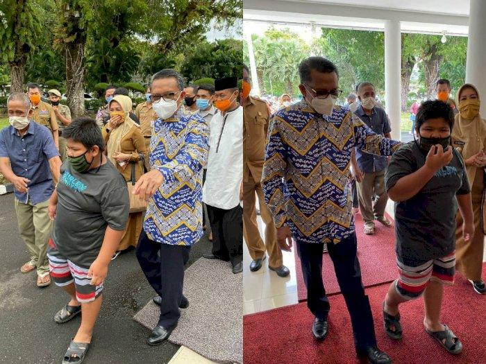Bocah Penjual Jalangkote yang Jadi Korban Bully Diundang ke Rumah Gubernur Sulsel