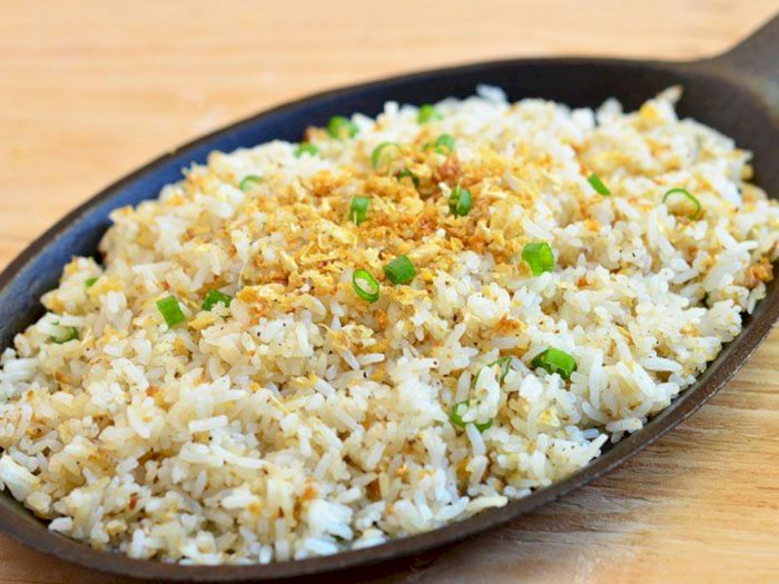 Resep Praktis untuk Weekend, Nasi Goreng Pedas Bawang Putih