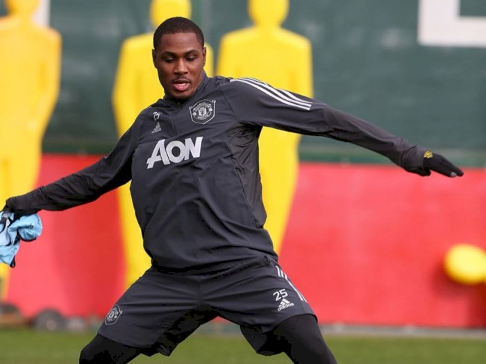 Demi Bertahan di Manchester United, Odion Ighalo Tolak Tawaran Kontrak Rp1,3 Triliun