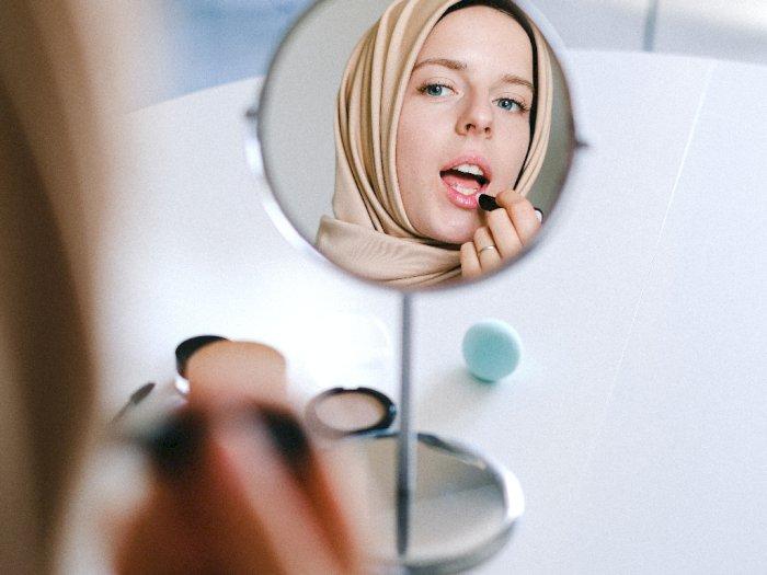 Dapatkan Tampilan Makeup Natural dengan Lakukan 6 Langkah Ini