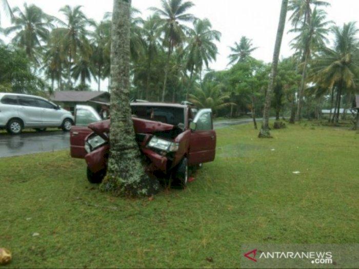 Kijang Kapsul Kecelakaan Tunggal di Tapteng, 2 Orang Tewas