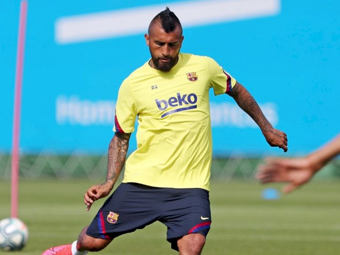 Arturo Vidal Dapat Dukungan dari Legenda Barcelona