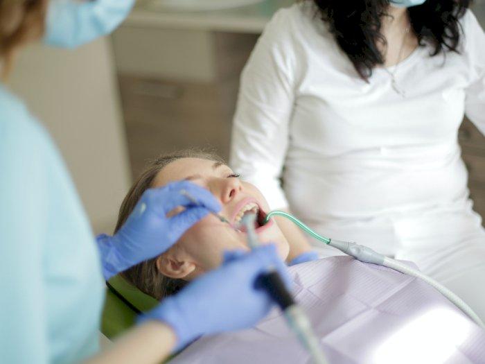 Tidak Harus Ke Dokter Ini Cara Alami Untuk Obati Sakit Gigi Indozone Id