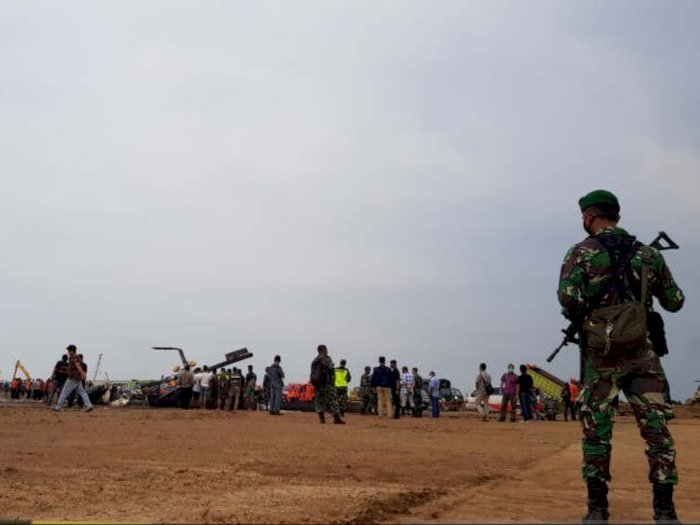 Helikopter TNI AD Jatuh di Kendal, 4 Orang Dikabarkan Tewas